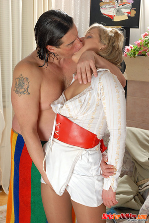 Old and young. Young maid caught trying  - XXX Dessert - Picture 7