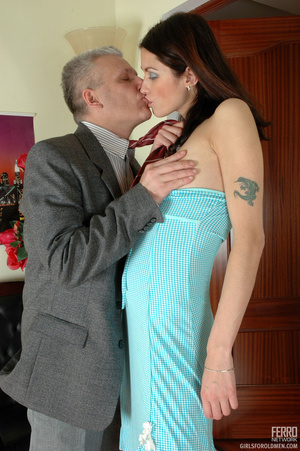Young old porn. Lean girl having her old - XXX Dessert - Picture 9