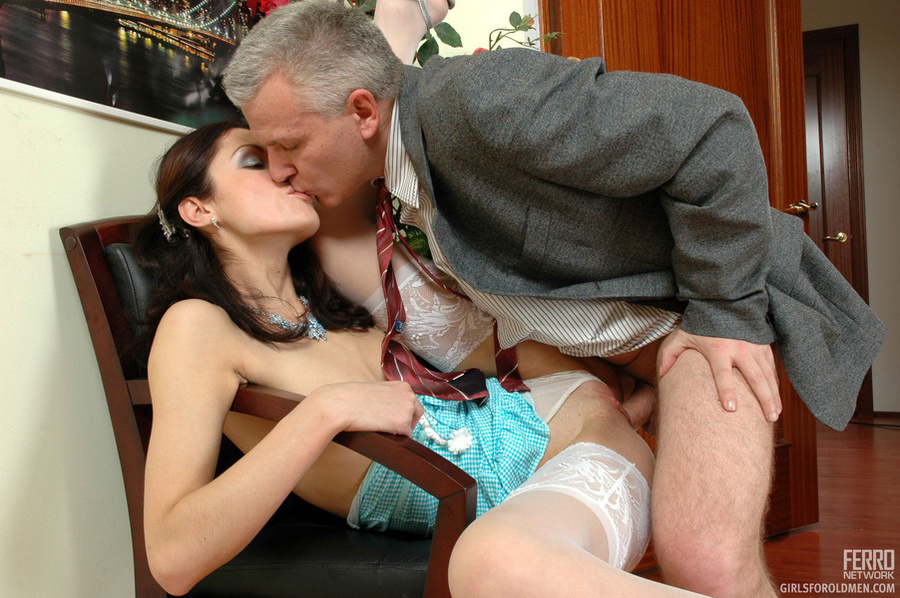 Older Man Young Women Sex Lean Girl Having - Xxx Dessert - Picture 17-9912