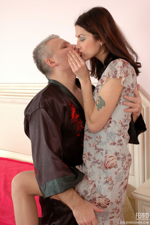 Old man young girl. Slim girl opening he - XXX Dessert - Picture 8