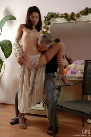 Young old sex. Leggy girl luring her gre - XXX Dessert - Picture 8