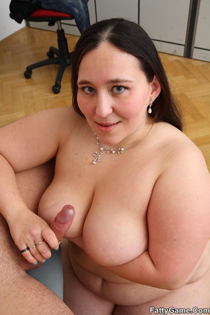 Free fat sex. She was working on her com - Picture 16