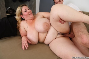 Bbw booty. She gets him out of his mecha - XXX Dessert - Picture 12