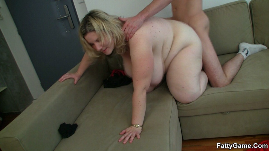 Chubby porn. She likes the way this slender - XXX Dessert - Picture 10