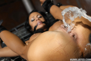 Women squirt. Gushing bondage whore fuck - XXX Dessert - Picture 5