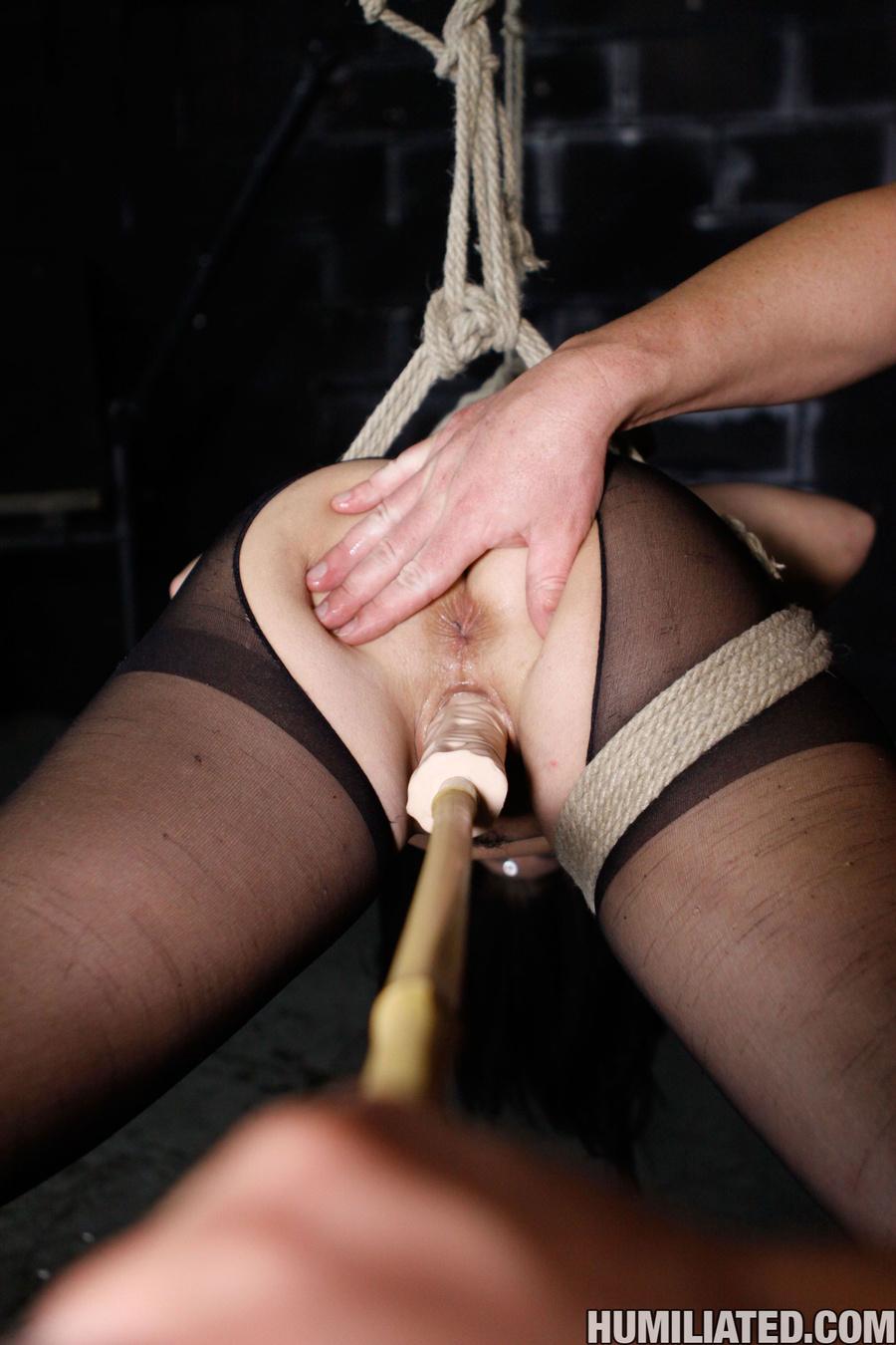 Squirting orgasm. Slut in a suit case wants - XXX Dessert - Picture 5