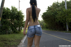 Butt sex. Slim latin teen in denim short - XXX Dessert - Picture 2