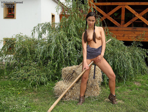 Viktoria Sweet Takes Rake Handle in Puss - XXX Dessert - Picture 11