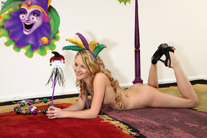 Petite Sara Jaymes Toying with a String  - XXX Dessert - Picture 6