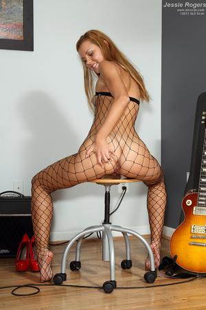 Rocker Girl Jessie Rogers in Fishnets Ge - XXX Dessert - Picture 12