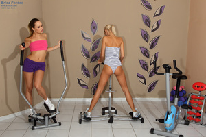 Erica Fontes Hits the Gym Before Gaped w - XXX Dessert - Picture 2