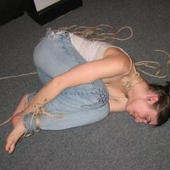 Amateurs experimenting with some light BDSM - Unique Bondage - Pic 12