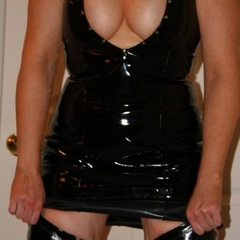 Silent submissive handcuffed and leashed - Unique Bondage - Pic 11