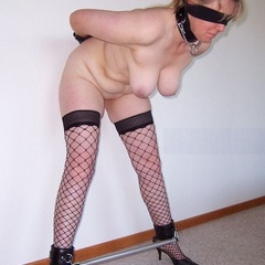 Blindfolded and ballgagged let the games - Unique Bondage - Pic 7