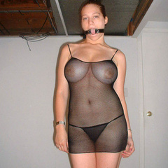 Blindfolded babes sucking cock and more - Unique Bondage - Pic 9