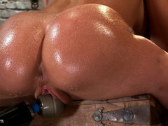 Amy Brooke has her amazing gaping ass fucked - Unique Bondage - Pic 3
