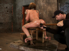 Amy Brooke has her amazing gaping ass fucked - Unique Bondage - Pic 9