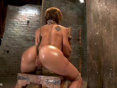Amy Brooke has her amazing gaping ass fucked - Unique Bondage - Pic 13