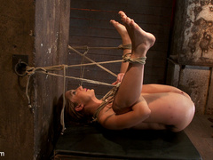 Amy Brooke is brutally orgasmed to near - Unique Bondage - Pic 2