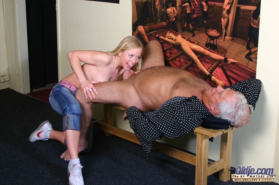 Old Man Young Girl - Mandy Works In The Por - Xxx Dessert -6108