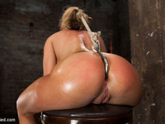 Smoking hot blond with huge tits, a perfect - Unique Bondage - Pic 9