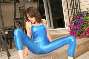 Gorgeous brunette nymph posing in blue s - XXX Dessert - Picture 11