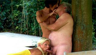 senior fucking horny outdoor