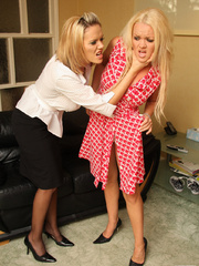 Blonde babe Frankie get bound by her girl - Unique Bondage - Pic 3