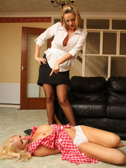 Blonde babe Frankie get bound by her girl - Unique Bondage - Pic 15