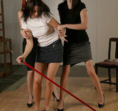 Molly Matthrews, Kendra gag and tie Elle