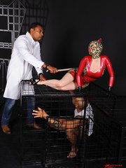 Hot latex babe Lucy takes on two guys thick - Unique Bondage - Pic 1