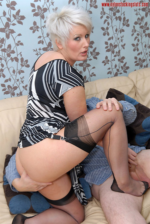 Mature blonde chock in awesome black sto - XXX Dessert - Picture 12