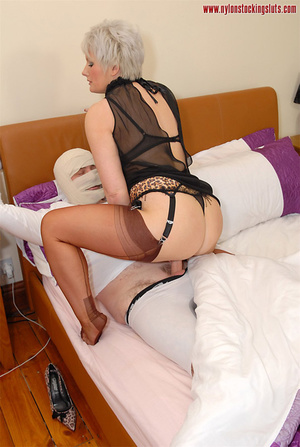 Blonde mature mil in awesome nylons gets - XXX Dessert - Picture 11