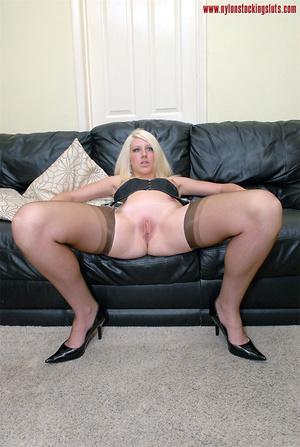 Delicious blonde amateur bimbo in sexy b - XXX Dessert - Picture 12