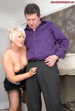 Blonde amateur milf in tight stockings b - XXX Dessert - Picture 8