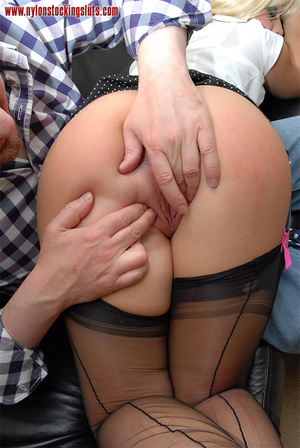 Mature blonde with huge melons in black  - XXX Dessert - Picture 4