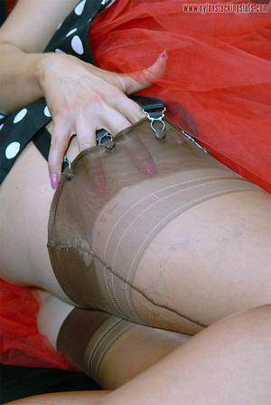 Busty amateur blonde in exclusive nylons - XXX Dessert - Picture 8