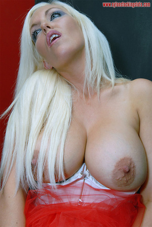 Busty amateur blonde in exclusive nylons - XXX Dessert - Picture 13