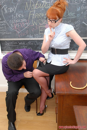 Mature redhead teacher in tight pantyhos - XXX Dessert - Picture 8