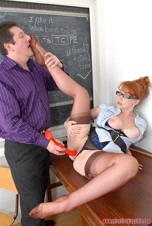 Mature redhead teacher in tight pantyhos - XXX Dessert - Picture 13