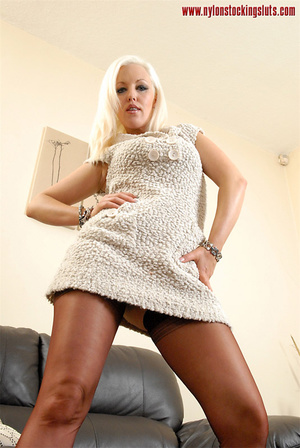 Blonde amateur hottie in super hot nylon - XXX Dessert - Picture 2