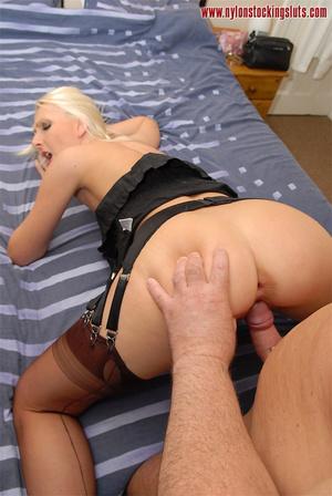 Nasty blonde milf in amazing pantyhose g - XXX Dessert - Picture 11