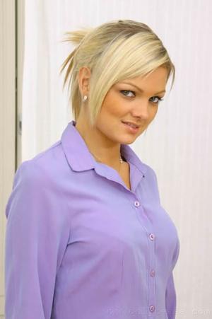 Jennifer the ultimate secretary in minis - XXX Dessert - Picture 1