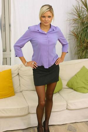Jennifer the ultimate secretary in minis - XXX Dessert - Picture 3
