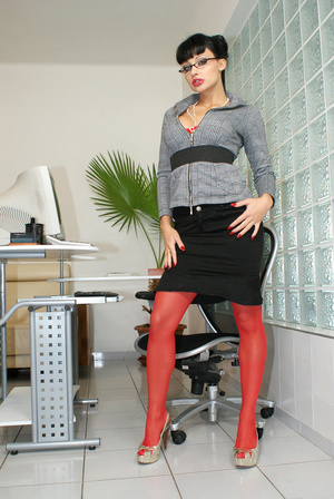 Hot office babe Aletta Ocean in red stoc - XXX Dessert - Picture 1