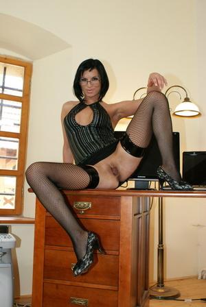 Secretary Renata Black gets freaky with  - XXX Dessert - Picture 3