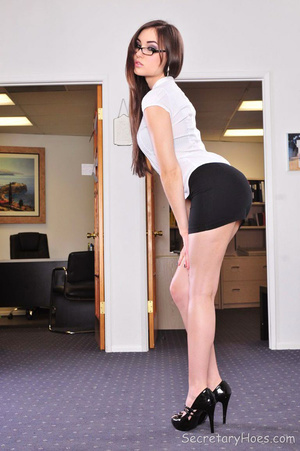 Sasha Grey the hot office girl fucking h - XXX Dessert - Picture 1