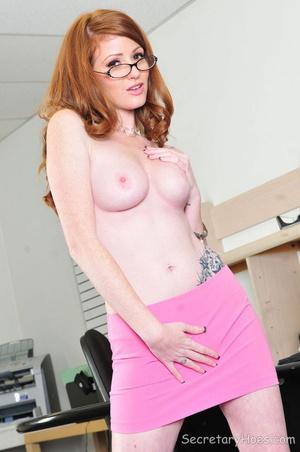 Redhead office slut Nikki Rhodes giving  - XXX Dessert - Picture 8