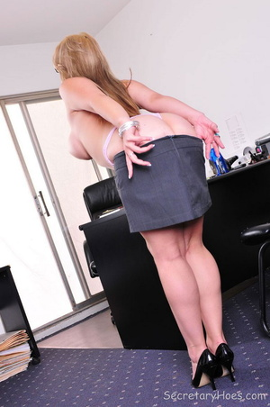 Busty blonde office girl Sarah Vandella - XXX Dessert - Picture 11