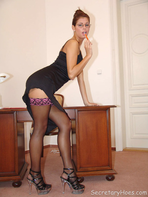 Naughty office babe Lucky naked in stock - XXX Dessert - Picture 2